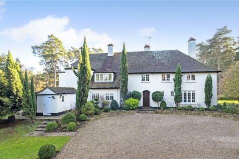 Jumps Road, Churt, Farnham, Surrey, GU10. 7 bedroom detached house for sale