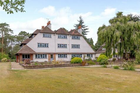 Gong Hill Drive, Lower Bourne, Farnham, Surrey, GU10. 6 bedroom detached house for sale