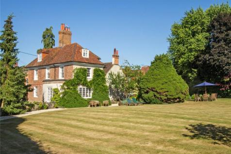 Dippenhall Street, Crondall, Hampshire, GU10. 6 bedroom detached house for sale