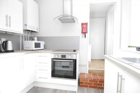 36 Houndiscombe Road, Flat 2. 1 bedroom apartment
