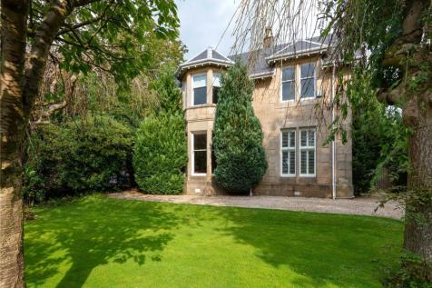 Victoria Road, Lenzie, Kirkintilloch, Glasgow, G66. 4 bedroom detached house
