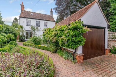 Leyton Green, Harpenden, Hertfordshire, AL5. 4 bedroom detached house for sale