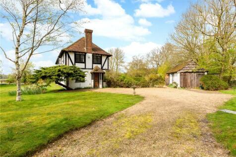 Pipers Lane, Harpenden, Hertfordshire, AL5. 4 bedroom detached house for sale