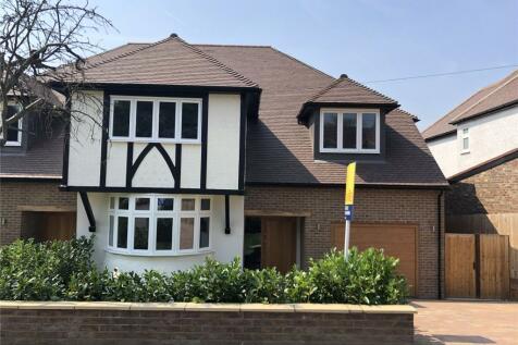 Bowers Way, Harpenden, Hertfordshire, AL5. 4 bedroom semi-detached house for sale