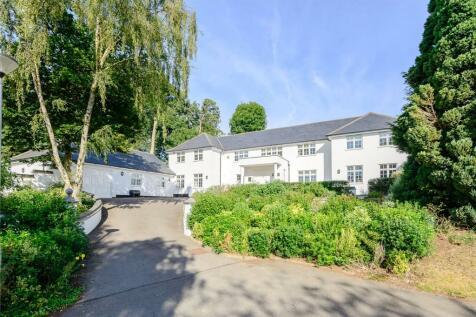The Leas, Hemel Hempstead, Hertfordshire, HP3. 5 bedroom detached house