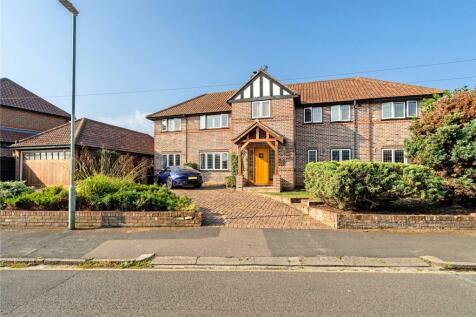 Browning Road, Harpenden, Hertfordshire, AL5. 5 bedroom detached house