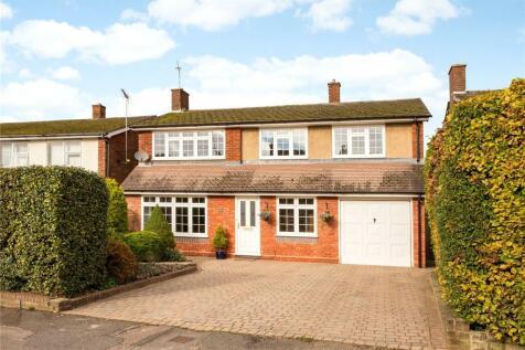 Hollybush Lane, Harpenden, Hertfordshire, AL5. 4 bedroom detached house for sale