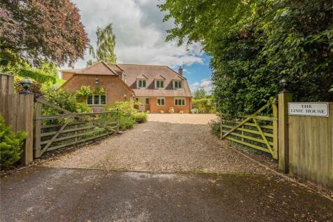 Henley-On-Thames, Oxfordshire, RG9. 5 bedroom detached house for sale