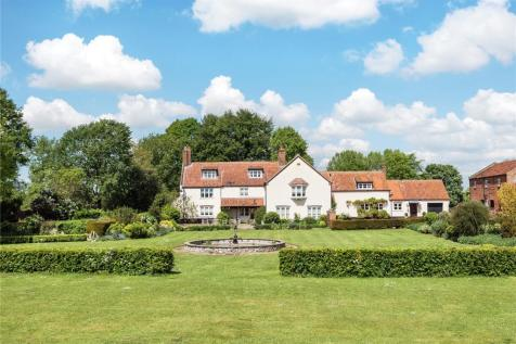 Houghton On The Hill, Near Swaffham, Norfolk, PE37. 7 bedroom detached house