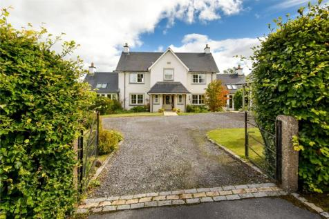 Martin Gardens, Muthill, Crieff, Perthshire, PH5. 4 bedroom detached house