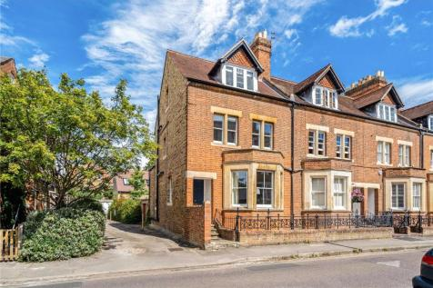 St. Bernards Road, Oxford, OX2. 4 bedroom end of terrace house