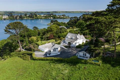 Restronguet, Mylor, Falmouth, Cornwall, TR11. 4 bedroom detached house