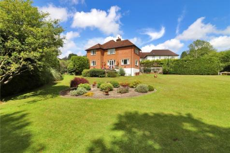 Claremont Gardens, Tunbridge Wells, Kent, TN2. 5 bedroom detached house