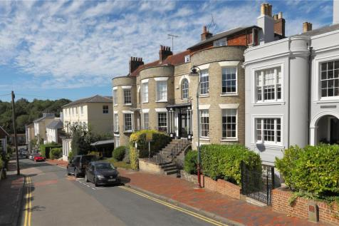 Mount Sion, Tunbridge Wells, Kent, TN1. 5 bedroom terraced house