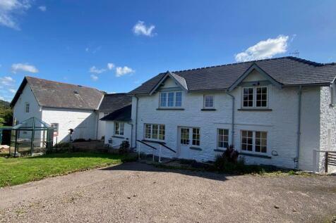 Llanellen, Abergavenny. 4 bedroom detached house