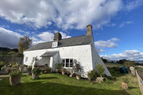 Llanover, Abergavenny. 4 bedroom detached house
