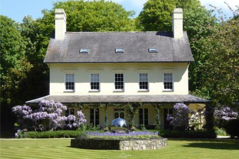 Nefyn Road, Efailnewydd, Pwllheli, Gwynedd, LL53. 8 bedroom detached house for sale