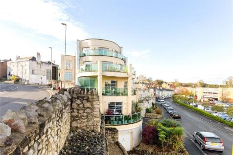 Spinnaker View, 2 Weston Road, Weymouth, Dorset, DT4. 4 bedroom penthouse