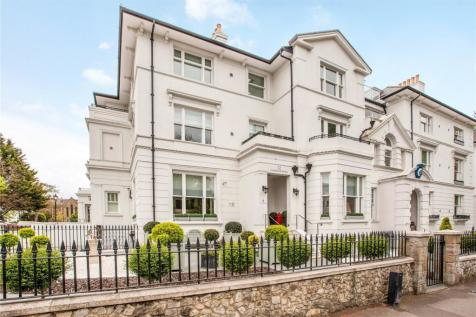 The Residence, 12 Clarence Road, Windsor, Berkshire, SL4. 3 bedroom apartment for sale