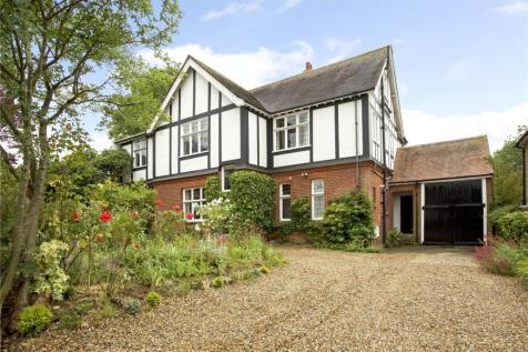 Bolton Avenue, Windsor, Berkshire, SL4. 6 bedroom detached house for sale