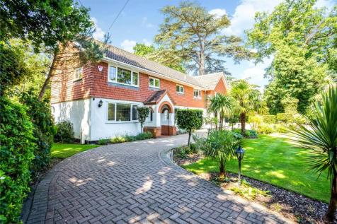 St. Leonards Hill, Windsor, Berkshire, SL4. 5 bedroom detached house for sale