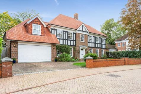 Queens Acre, Windsor, Berkshire, SL4. 5 bedroom detached house for sale