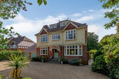 Bath Road, Taplow, Maidenhead, Buckinghamshire, SL6 property