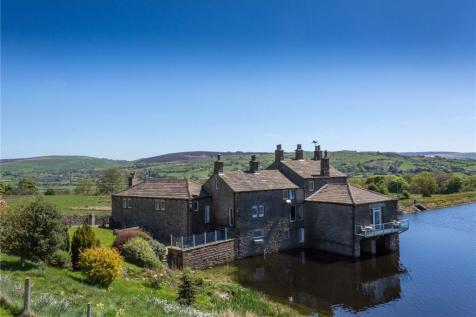 Whinberry Boathouse, Salterforth, Barnoldswick, Lancashire, BB18. 5 bedroom detached house