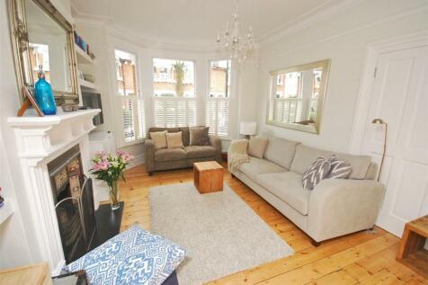 Grimwood Road, Twickenham. 4 bedroom terraced house