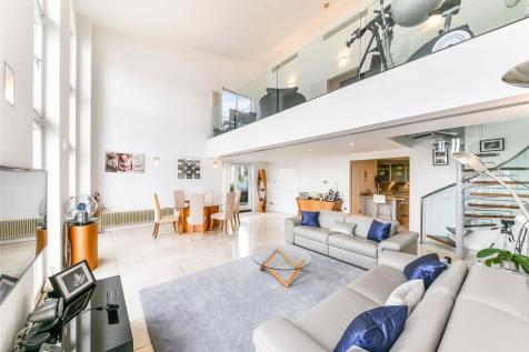 Vanguard Building, 18 Westferry Road, Canary Wharf, London, E14. 3 bedroom penthouse for sale
