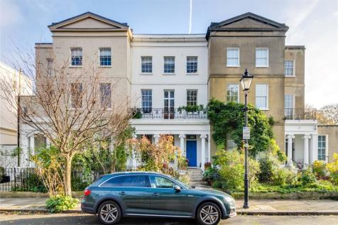St. Peters Square, Hammersmith, London, W6. 4 bedroom terraced house