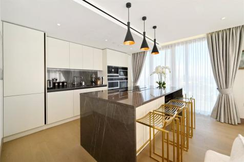 Admiralty House, 150 Vaughan Way, London, E1W. 3 bedroom apartment for sale