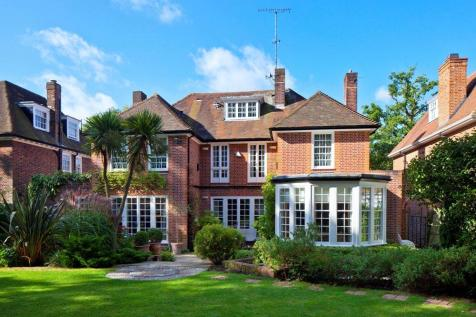 Ingram Avenue, Hampstead Garden Suburb, London, NW11. 6 bedroom detached house for sale