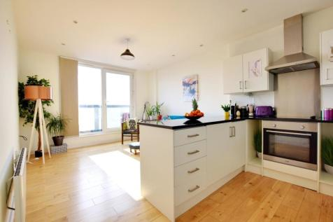 Clarendon Lofts, 31-35 Clarendon Road, Watford, Hertfordshire, WD17 1BP. 2 bedroom apartment