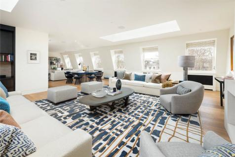 Lowndes Square, London, SW1X. 3 bedroom penthouse