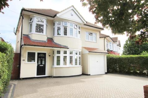 West End Road, Ruislip, HA4. 4 bedroom detached house for sale