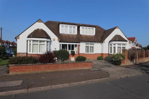 College Drive, Ruislip. 4 bedroom detached house
