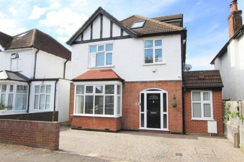 Acacia Avenue, Ruislip. 4 bedroom detached house for sale