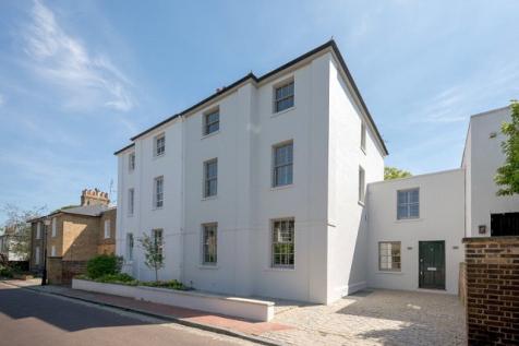 Parkfields, Putney, London, SW15. 6 bedroom semi-detached house