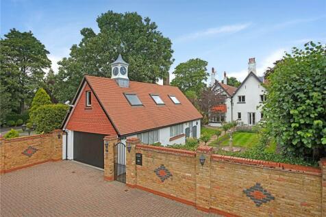 Lower Teddington Road, Hampton Wick, Surrey, KT1. 7 bedroom detached house