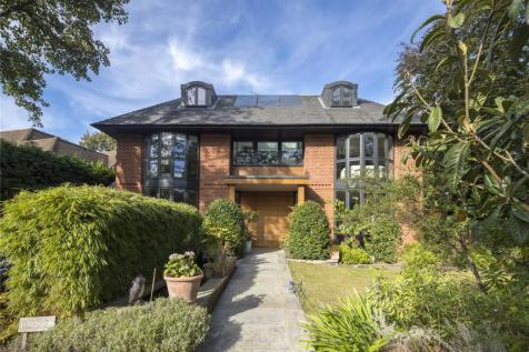 Coombe End, Kingston upon Thames, Surrey, KT2. 6 bedroom detached house for sale