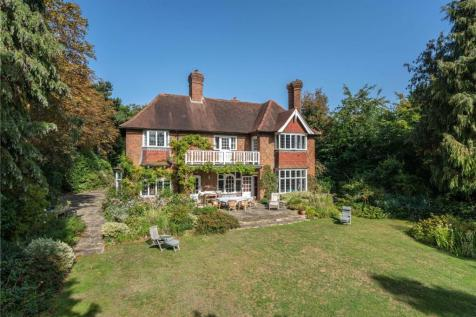Renfrew Road, Kingston upon Thames, Surrey, KT2. 5 bedroom detached house for sale