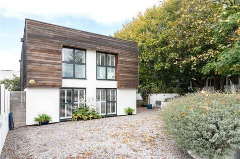 Coombe Lane West, Kingston upon Thames, Surrey, KT2. 4 bedroom detached house for sale