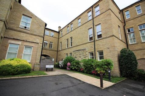 Richmond House,Charlotte Close, Savile Park, Halifax. 2 bedroom apartment for sale