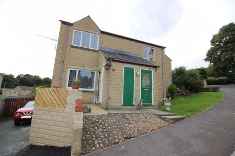 Heath Lea, Well Head, Halifax. 2 bedroom ground floor flat