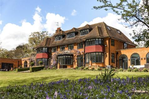 Carbone Hill, Northaw, Potters Bar, Hertfordshire, EN6 property