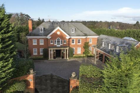 Queens Drive, Oxshott, Surrey, KT22. 6 bedroom detached house for sale