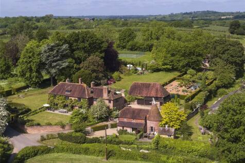 School House Lane, Horsmonden, Tonbridge, Kent, TN12. 9 bedroom detached house
