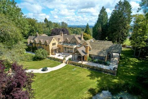 Bourton-On-The-Hill, Moreton In Marsh, GL56. 5 bedroom detached house for sale