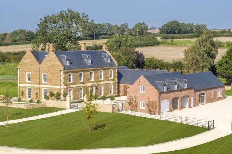 Sibford Gower, Banbury, Oxfordshire, OX15. 8 bedroom detached house for sale